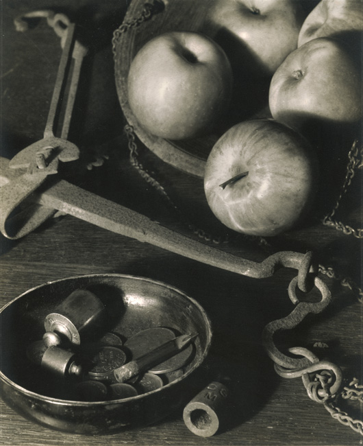 Willy Boeckstyns - Still Life with Apples and Coins